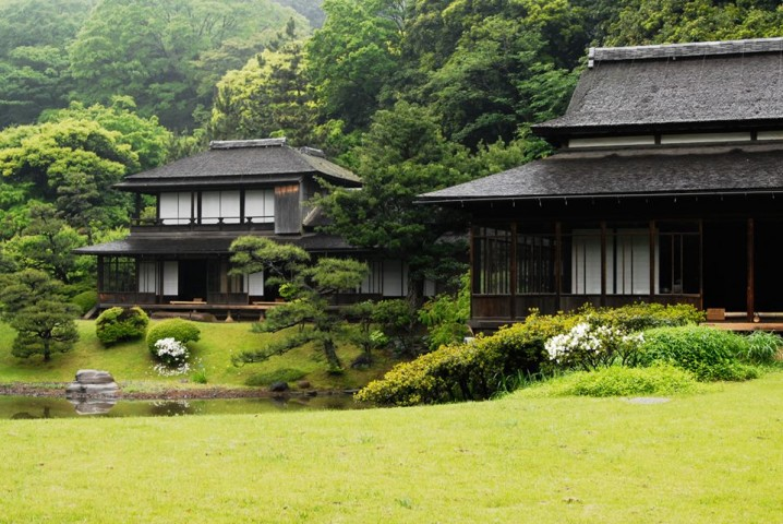 Reconstructed buildings from Kyoto and Kamakura