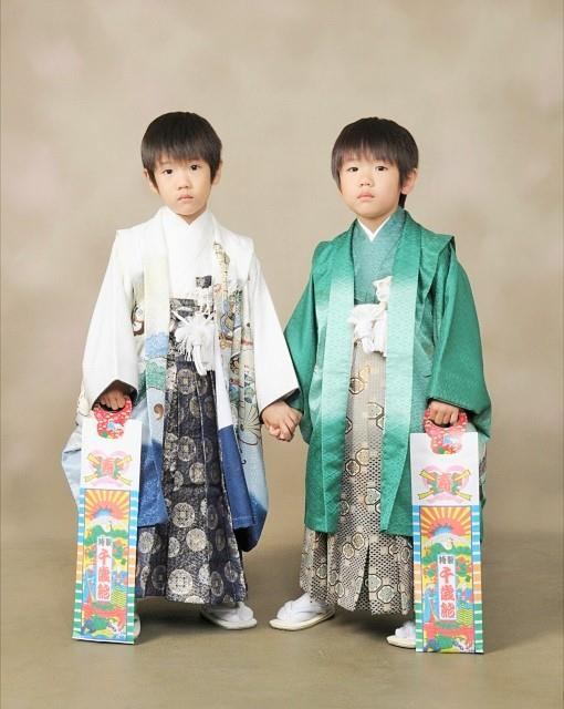 """Shichi-go-san"" Commemorative photo are very gorgeous."
