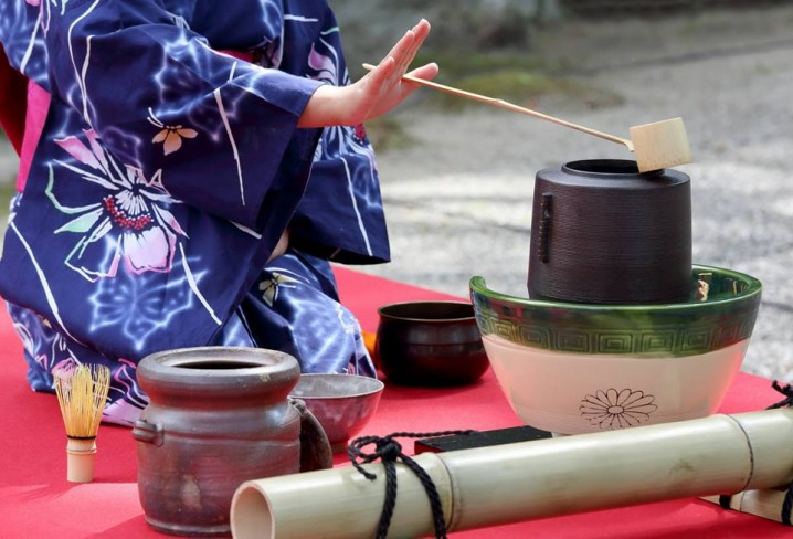 sen no rikyu sen essay example Anti essays offers essay examples to help students with their the tea ceremony as it is known today was developed by the tea master sen no rikyu in the 16th.