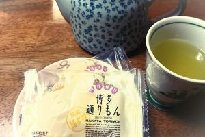 "Japanese traditional sweets : ""Hakata Tori-Mon"""