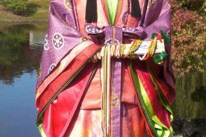 Juni-Hitoe costume.