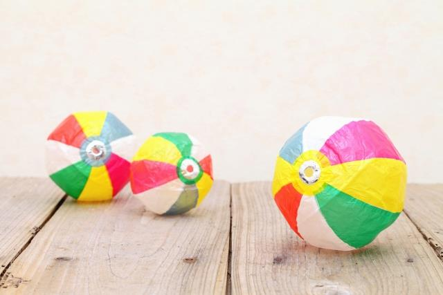 """Kami-fuusen"" is one of the traditional Japanese toys."