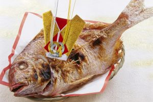 """Tai-no-okashira-tsuki"" (a whole sea bream)"